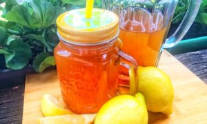 Erfrischender Zitronen-Eistee